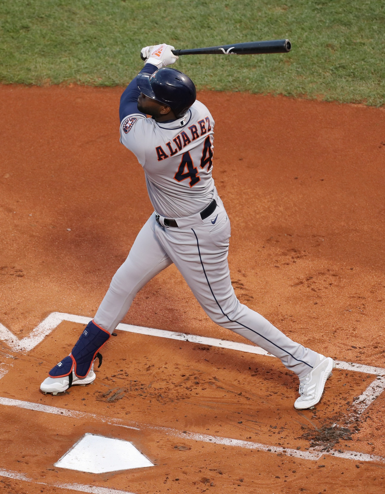 Astros beat Red Sox to take 3-2 ALCS lead